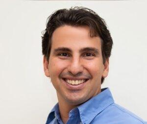 Kenneth Correa